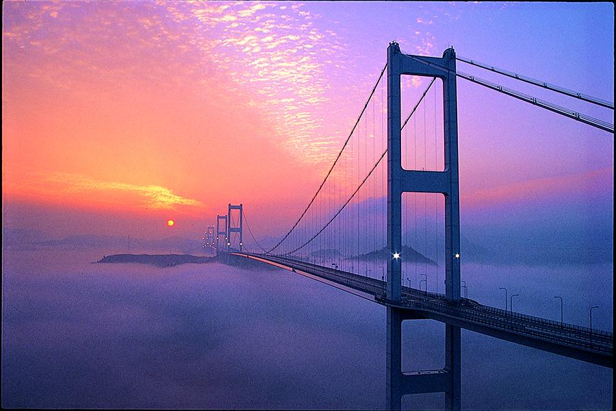 来島海峡大橋(今治市観光課データ)KKO-004
